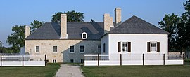 LargeHouseLowerFortGarry2006.jpg
