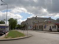Lentvaris, ulice u nádraží.jpg