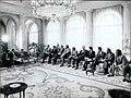 Leopoldo Calvo Sotelo se reúne con los presidentes de las Diputaciones Provinciales pertenecientes a UCD.jpeg