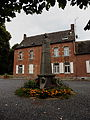 Liessies le Monument aux Morts.jpg