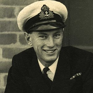 Lieutenant Paul Wild RNVR 1946.jpg