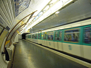 Félix Faure (Paris Métro) - Image: Ligne 8 Felix Faure 3