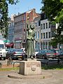 Lille statue jeanne maillotte.JPG