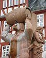 Limburg - Brunnen mit Figur Weinfass stemmend.jpg