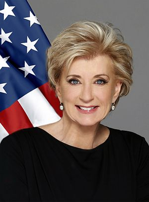 Linda McMahon - Image: Linda Mc Mahon official photo