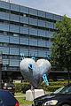 Linz - Herz der Linz AG - Schwimmbäder - 2008 von Christof Cremer.jpg