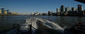 London auf der themse going to greenwich view north 02.02.2012 12-56-10.JPG
