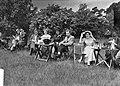 Lustrum USC. Groepen op Lage Vuursche, Bestanddeelnr 907-8713.jpg