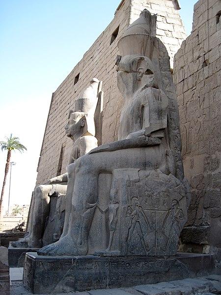 File:Luxor-Tempel 03.jpg