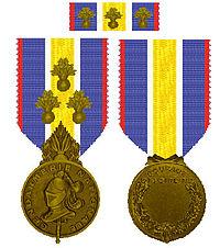 Médaille de la Gendarmerie nationale voor en keerzijde.jpg