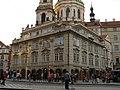 Měšťanský dům U kamenného stolu, (Malostranská kavárna) (Malá Strana), Praha 1, Malostranské nám. 28, Malá Strana.JPG