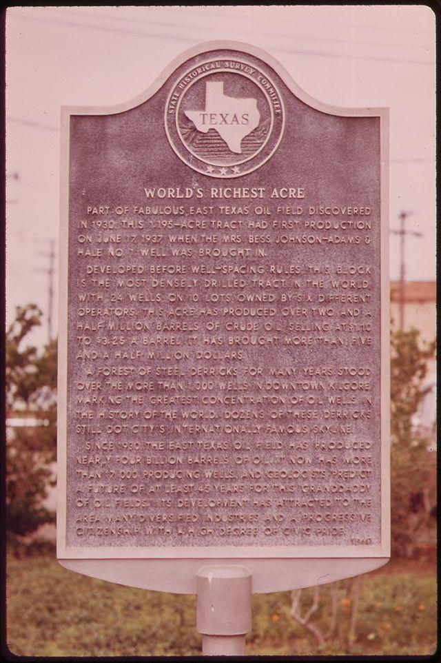 Photo of Black plaque number 22153