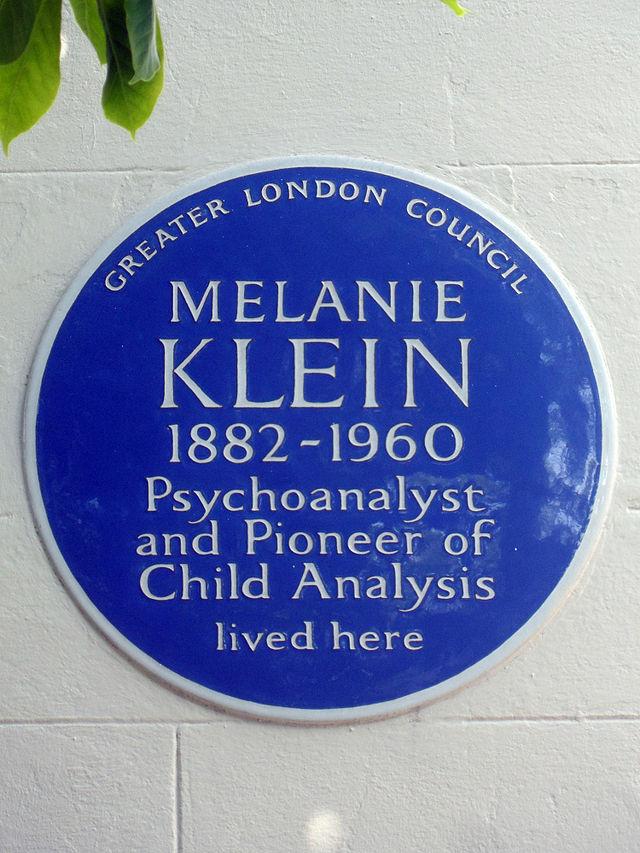 Melanie Klein blue plaque - Melanie Klein 1882-1960 psychoanalyst and pioneer of child analysis lived here