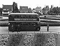 Maastricht, dubbeldeksbus Tongerseplein, 1954.jpg