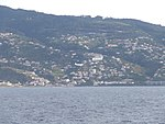 Madeira - Funchal - Coming In To Land (6198163265).jpg
