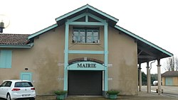 Mairie de la Tranclière.jpg