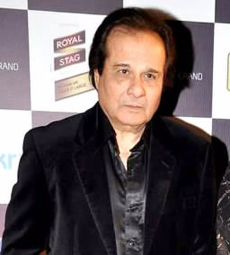 Manhar Udhas - Udhas at Mirchi Music Awards in 2013