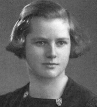 Margaret Thatcher aos 13 anos de idade (2)