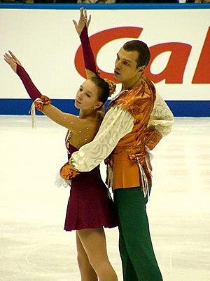 Artem Knyazev - Knyazev with Aganina at the 2004 NHK Trophy