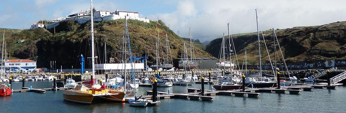 Marina de Vila do Porto.jpg