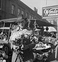 Market-square-knoxville-vendor-1941-tn2.jpg