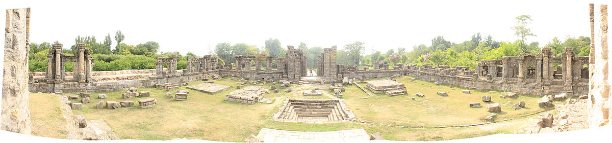 Temple ruins as seen from the entrance to the main temple structure