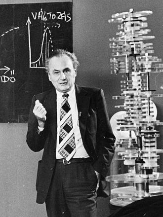 György Marx - György Marx holding a lecture in 1981