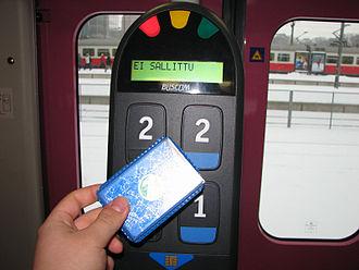 Contactless smart card - Image: Matkakortti ja kortinlukija