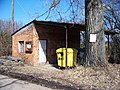 Maxovna, domek s kontejnery.jpg