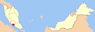 Red is Melaka, from Wikipdia