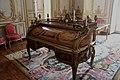 Mesa de Luis XV. 03.JPG