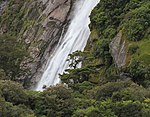 Milford Sound Waterfall 1 (31260724780).jpg