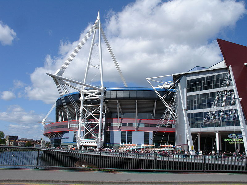 ファイル:Millennium Stadium South.jpg