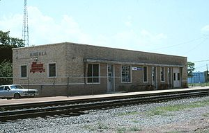 Mineola station (Texas) - Mineola station in October 1996, shortly after reopening