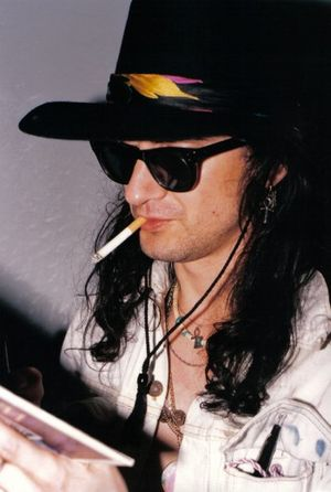 The Mission (band) - Wayne Hussey of The Mission in 1987 - San Francisco, California, USA