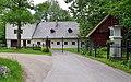 Mitterbach am Erlaufsee - Kapschgasse 28 - Wohnhaus mit Wirtschaftsgebäude und Bildstock.jpg