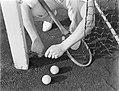 Model Sandhaus bij een tennisnet, Bestanddeelnr 252-1530.jpg