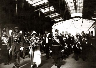 Albert I of Belgium - King Albert (left) with his wife and Fuad I of Egypt, 1930