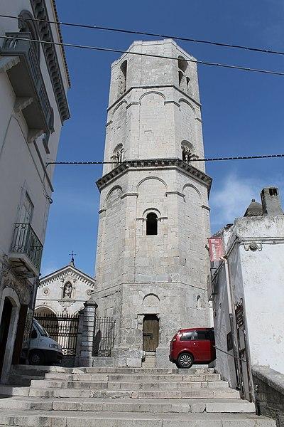 File:Monte Sant'Angelo - panoramio (57).jpg