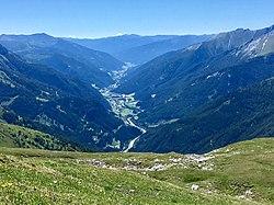 Mosermandl Blick ins Tal, A10 Tauernautobahn nach Kärnten.jpg
