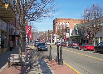 Moundsville, West Virginia - Jefferson Avenue in downtown Moundsville in 2006