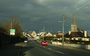 Mountmellick - The southern approach to Mountmellick
