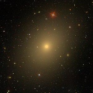 NGC 4636 [1] SDSS, angle of view 10 '× 10'
