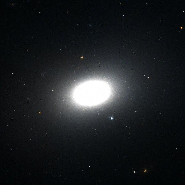 File:NGC 1426 Hubble WikiSky.jpg