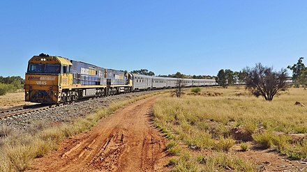 The Ghan NR45 + NR10 + Ghan Alice Springs, 2015 (02).JPG