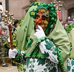 "Swabian-Alemannic Fastnacht - ""Hopfennarr"" from Tettnang with costume and mask"