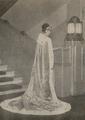 Natsukawa Shizue with long cape.png