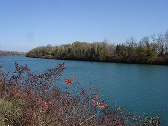 Welland Recreational Waterway - View of Merritt Island from the northern reach section of the Welland Canal.