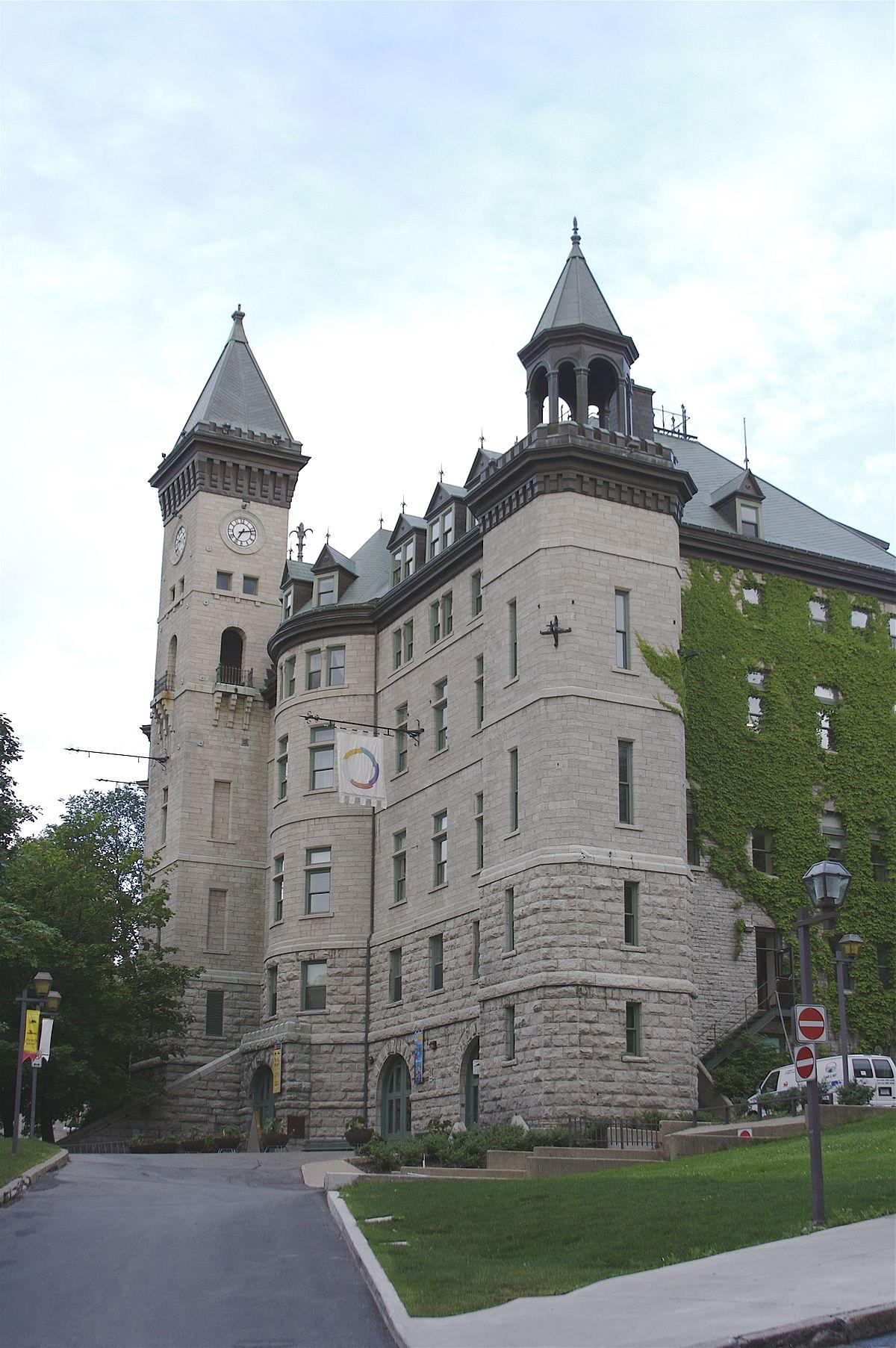 City hall of quebec city wikipedia for Design hotel quebec city