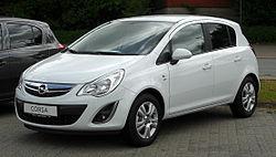 Opel Corsa 1.2 ecoFLEX Satellite (D, Facelift) – Frontansicht, 29. Mai 2011, Heiligenhaus.jpg